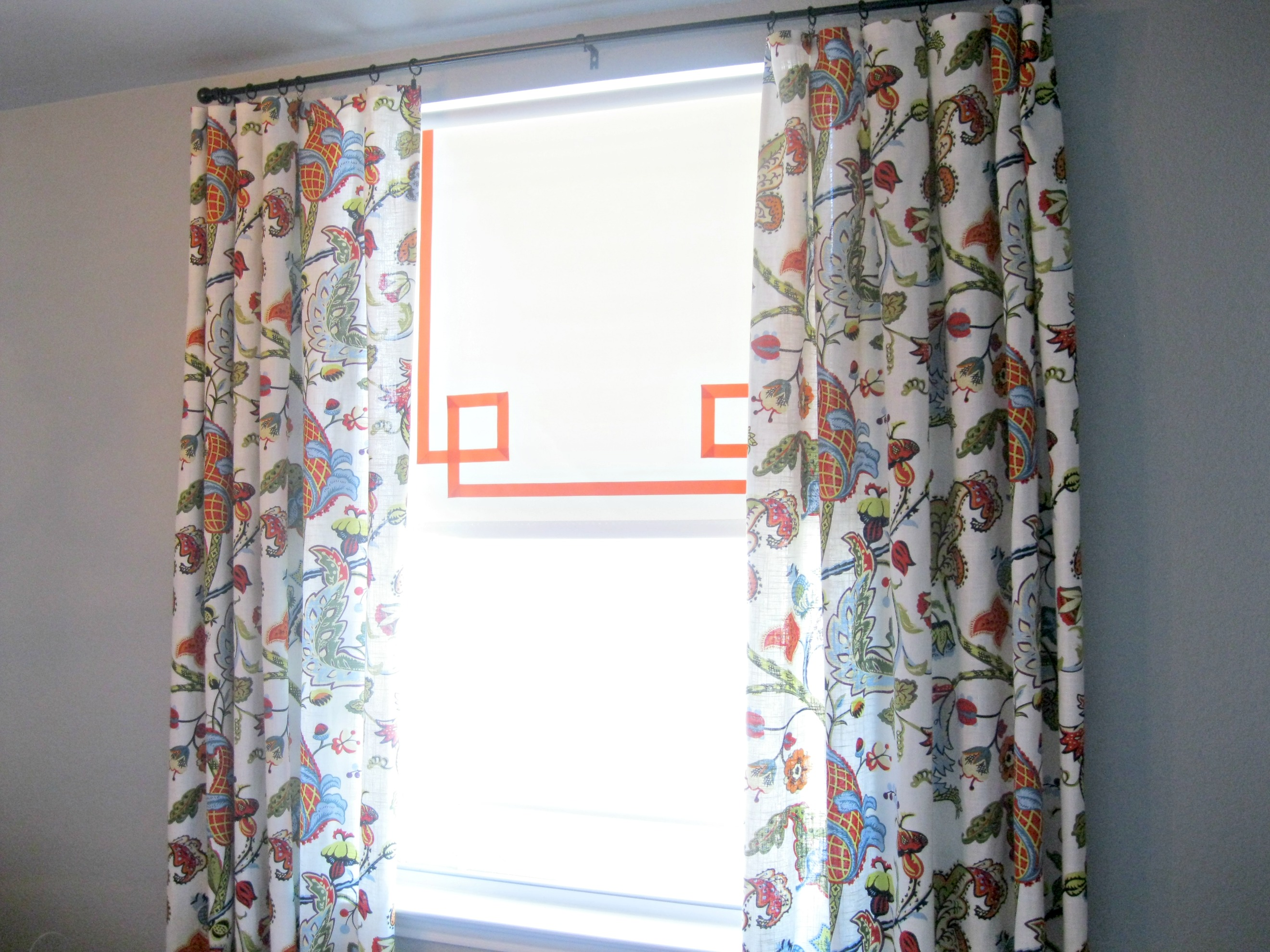 25 Cheap Makeover Ideas For Basic Vinyl Roller Shades